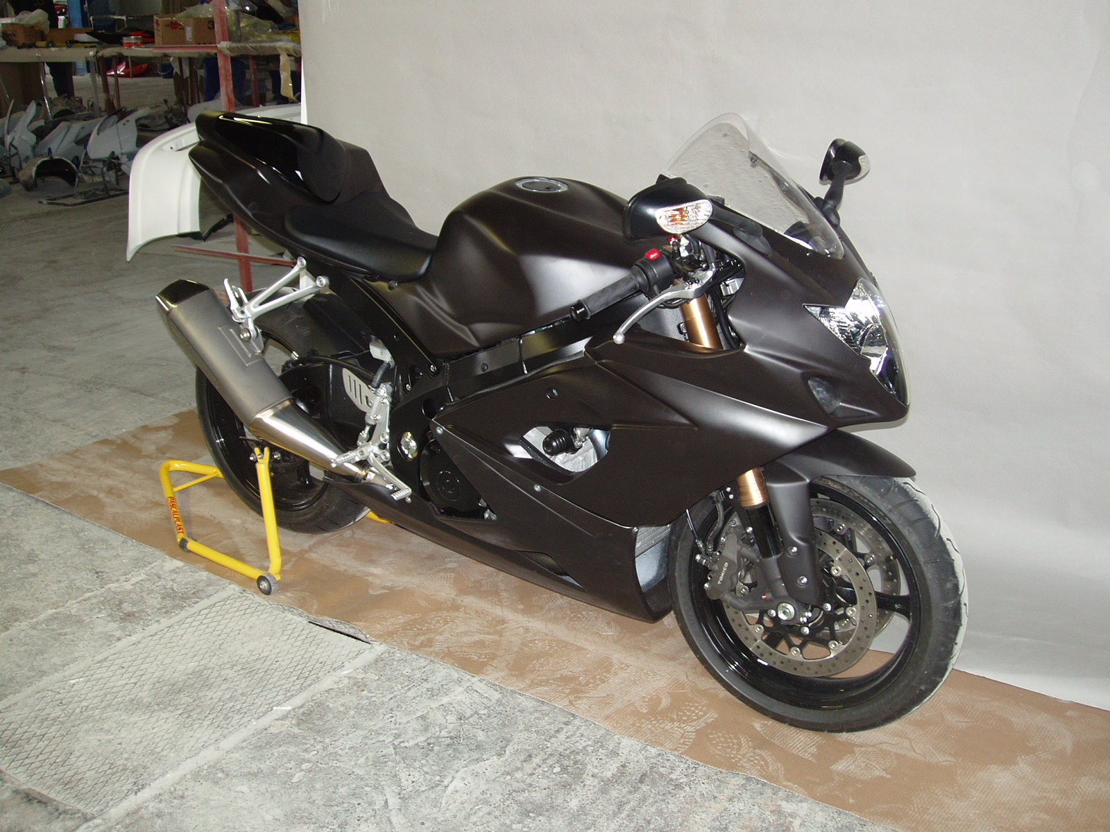 street version (race fairing)